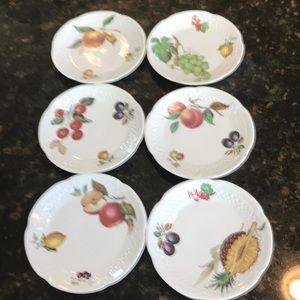 Philippe Deshouliers porcelain canapé plates
